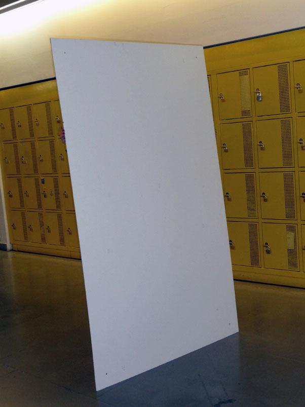 photos mobilier d 39 exposition. Black Bedroom Furniture Sets. Home Design Ideas