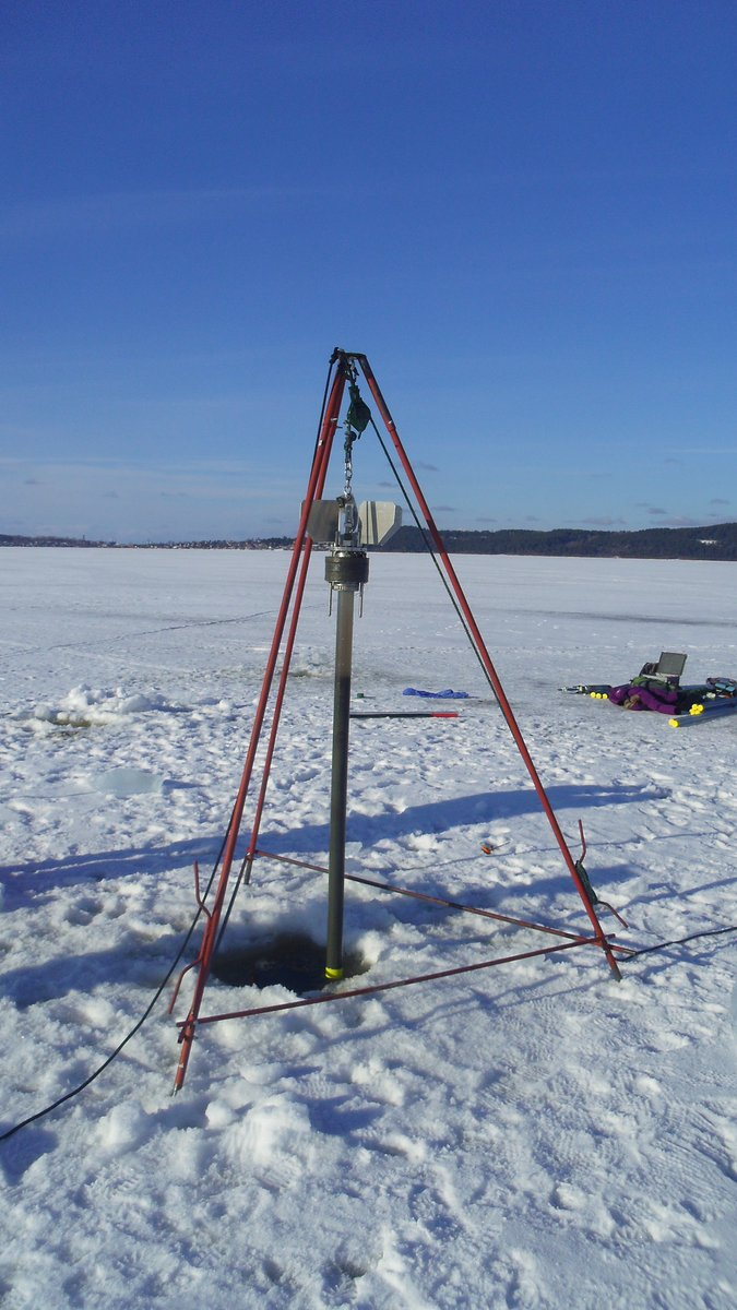 Gravity corer on Onego lake (2016)