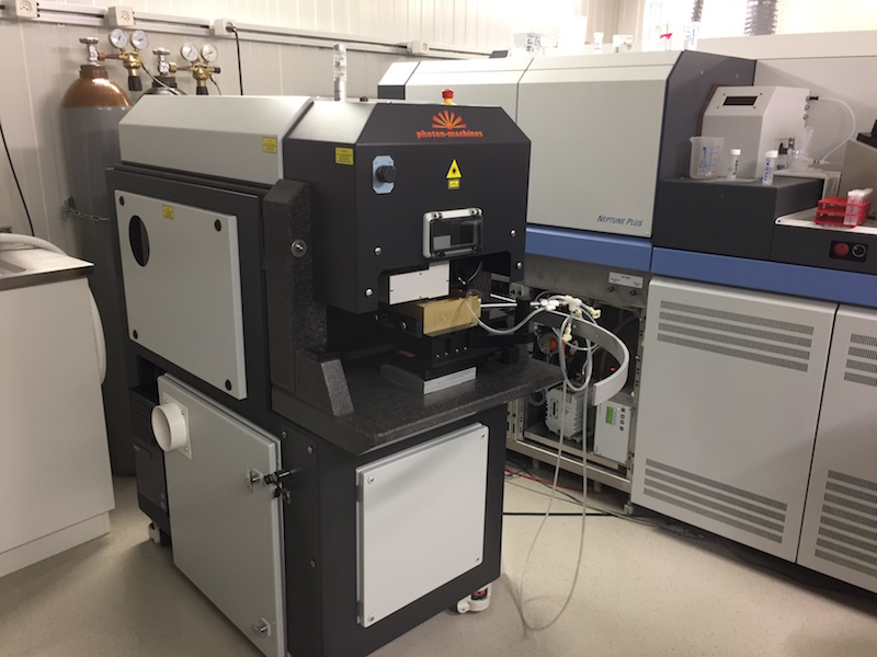 Photon Machines G2 Analyte UV laser